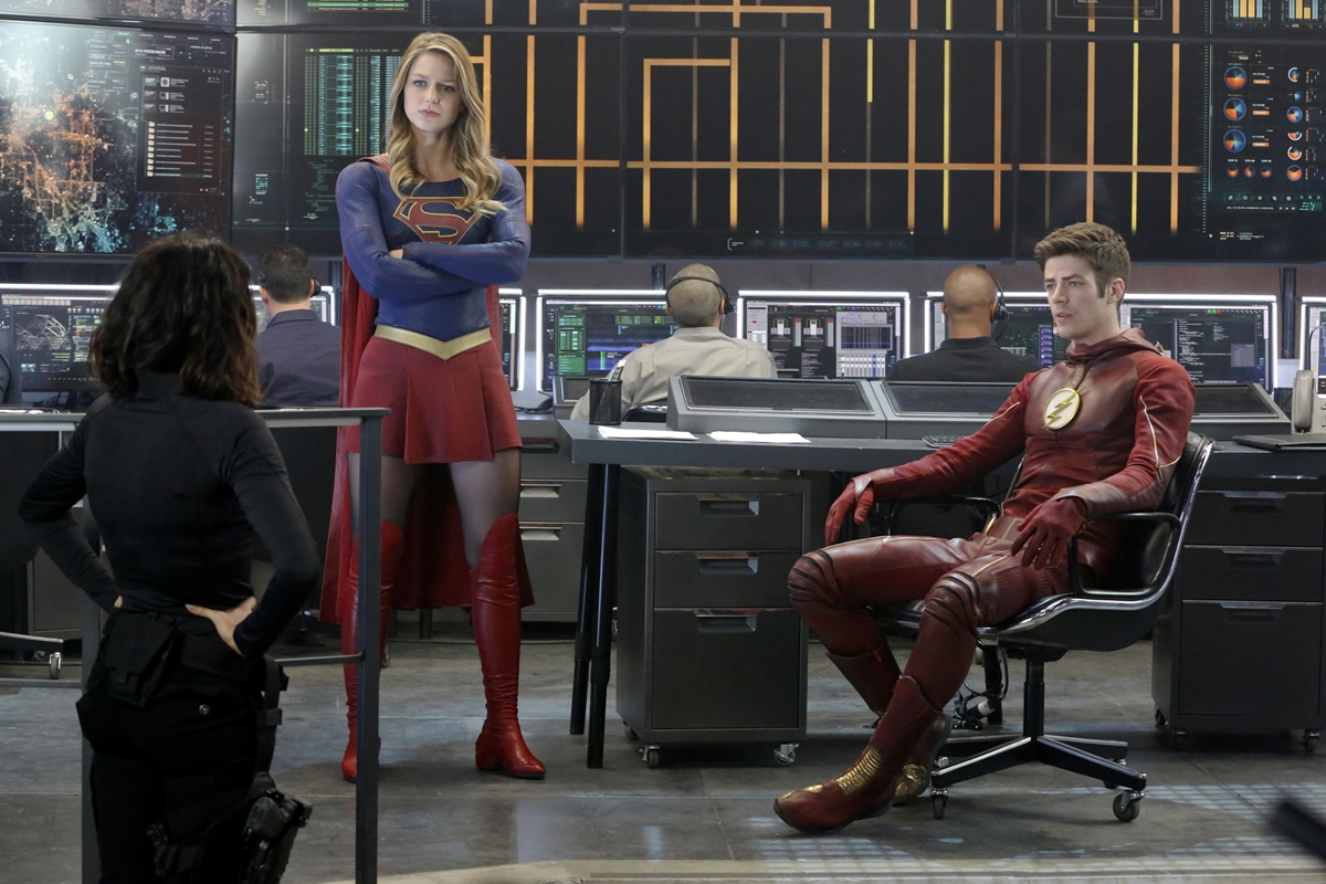 supergirl-flash-crossover-07