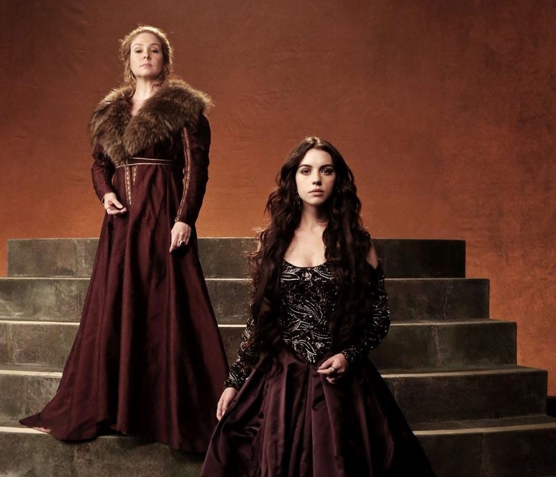 reign-cancelled-02